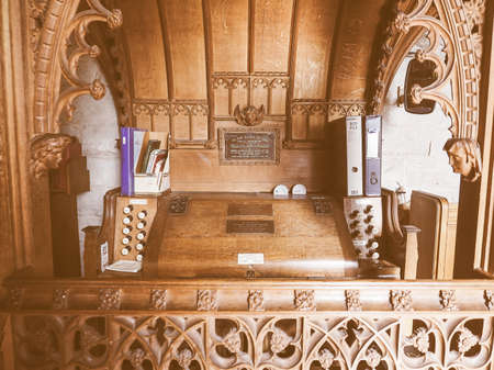 arden: TANWORTH IN ARDEN, UK - SEPTEMBER 25, 2015: Organ at Parish Church of St Mary Magdalene vintage