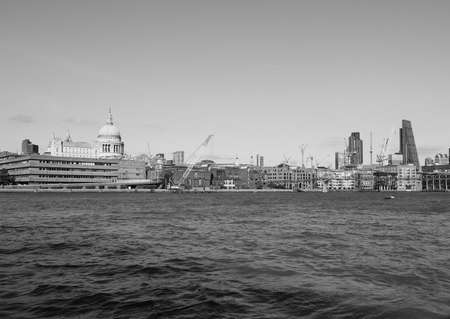 river thames: LONDON, UK - SEPTEMBER 28, 2015: Panoramic view of River Thames in black and white Editorial