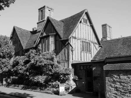 croft: STRATFORD UPON AVON, UK - SEPTEMBER 26, 2015: Halls Croft is the house of Shakespeare sister in black and white