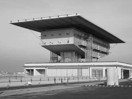 TORINO, ITALIA - 16 dicembre 2015: Pinacoteca Agnelli progettata da Renzo Piano al Lingotto ex fabbrica di automobili della Fiat di black_and_white
