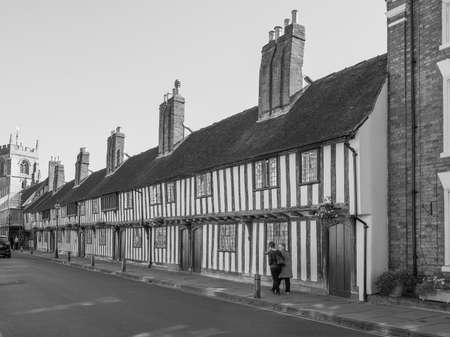 stratford upon avon: STRATFORD UPON AVON, UK - SEPTEMBER 26, 2015: View of the city of Stratford birthplace of Shakespeare in black and white