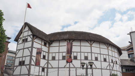 globe theatre: LONDON, UK - JUNE 10, 2015: The Shakespeare Globe Theatre