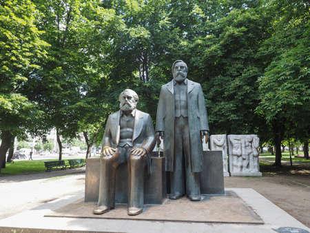 marx: BERLIN, GERMANY - CIRCA JUNE 2016: Marx and Engels statue in Marx Engels Forum in Alexanderplatz