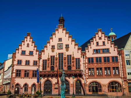 roemerberg: High dynamic range HDR Frankfurt city hall aka Rathaus Roemer Germany