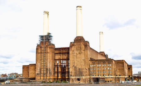 pink floyd: High dynamic range HDR London Battersea powerstation, a landmark abandoned factory Stock Photo