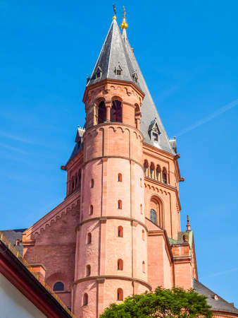 High dynamic range HDR Mainzer Dom cathedral in Mainz in Germany