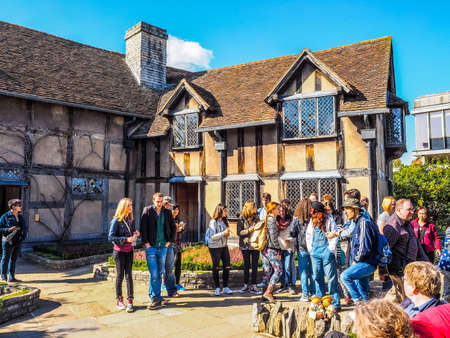 birthplace: STRATFORD UPON AVON, UK - SEPTEMBER 26, 2015: Tourists in front of William Shakespeare birthplace (HDR)