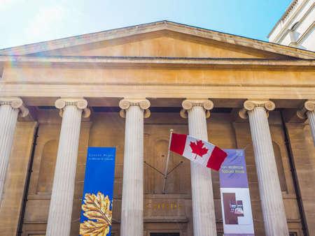 LONDON, Großbritannien - 11. Juni, 2015: Canada House auf dem Trafalgar Square beherbergt die Hohe Kommission von Kanada im Vereinigten Königreich (HDR) Editorial