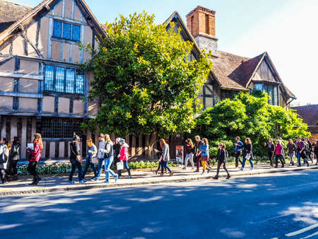 STRATFORD UPON AVON, UK - SEPTEMBER 26, 2015: Halls Croft is the house of Shakespeare sister (HDR) Editoriali