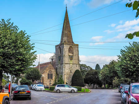 arden: TANWORTH IN ARDEN, UK - SEPTEMBER 25, 2015: The Village Green with St Mary Magdalene church (HDR)