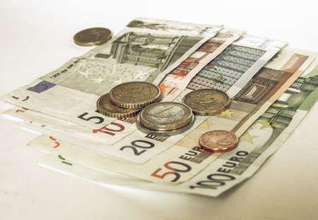 Recherche Vintage Euro billets et pièces image Banque d'images