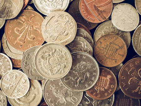 Close Up Der Britischen Münzen Einschließlich Bronze Und Silber