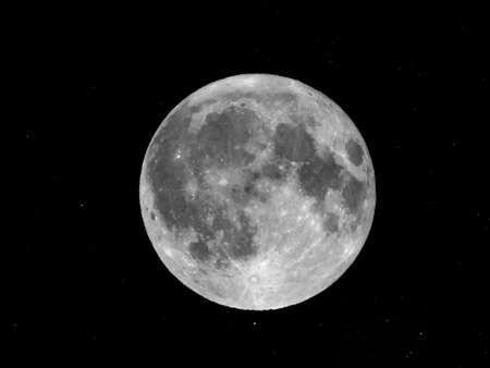 astrophoto: Full moon with stars - seen through a telescope