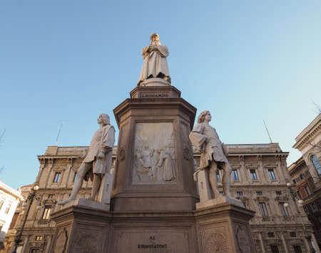 leonardo da vinci: Monument to Leonardo da Vinci in Piazza della Scala (meaning La Scala square) designed by sculptor Pietro Magni in 1872 in Milan, Italy Stock Photo
