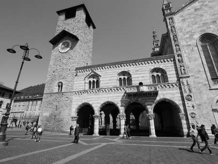 municipal editorial: COMO, ITALY - CIRCA APRIL 2017: Broletto (ancient medieval town hall) in black and white