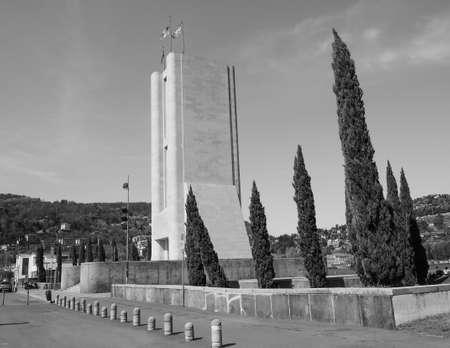 rationalist: COMO, ITALY - CIRCA APRIL 2017: Monumento ai Caduti war memorial by rationalist architects Antonio Sant Elia and Giuseppe Terragni in black and white Editorial