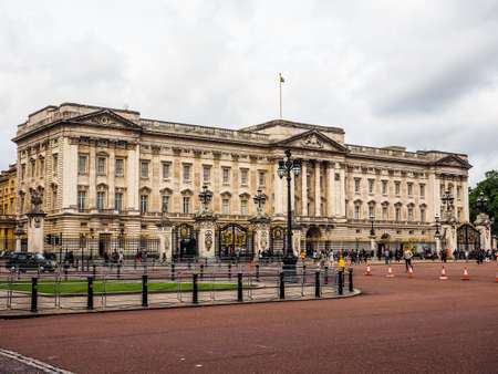 LONDON, UK - CIRCA JUNE 2017: Buckingham Palace royal palace, high dynamic range Editöryel