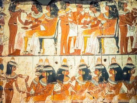 LONDEN, HET UK - CIRCA JUNI 2017: Oude Egyptische fresko in British Museum, hoge dynamische waaier Redactioneel