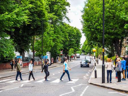 ロンドン、イギリス - 2017 年 6 月頃: 大修道院の道 1969年ビートルズ アルバム カバー、高ダイナミック レンジで有名になった横断歩道