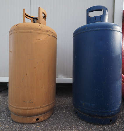 gas cylinder tank for residential heating fuel Stok Fotoğraf