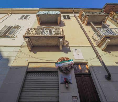 TURIN, ITALY - CIRCA FEBRUARY 2018: House where Italian antifascist partisan Dante Di Nanni was killed by fascists in 1944 Banco de Imagens - 128834091