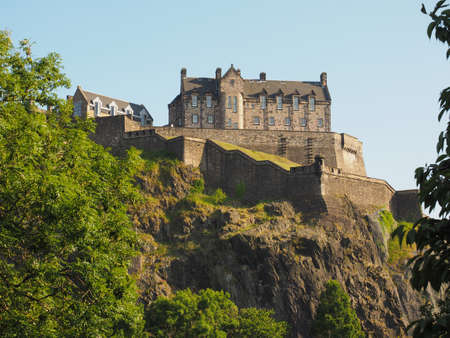 Edinburgh castle on the Castle Rock in Edinburgh, UK 스톡 콘텐츠