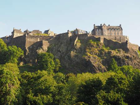 Edinburgh castle on the Castle Rock in Edinburgh, UK Éditoriale