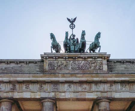 Brandenburger Tor Brandenburg Gate famous landmark in Berlin Germany Banco de Imagens