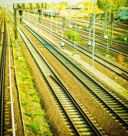 Eisenbahn- oder Bahngleise für den Zugtransport Vintage Retro