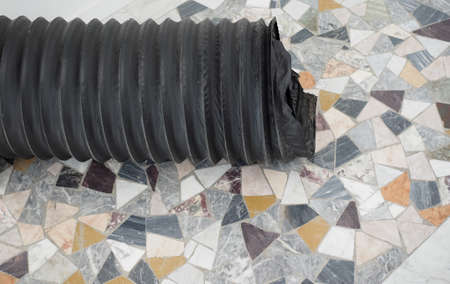heat pump duct for air heating and ventilation