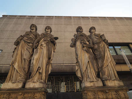 Karyatiden (meaning Caryatids) in front of the Kunsthalle (Art Gallery) by Leo Muesch unveiled in1879 in Duesseldorf, Germany Banco de Imagens