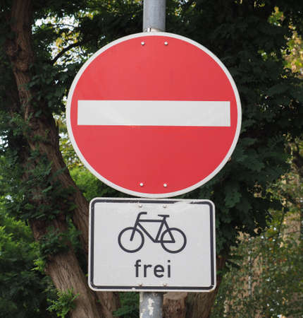 Regulatory signs, no entry for vehicular traffic sign (frei means that bicycles are allowed)