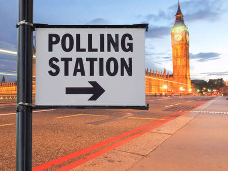 Polling station for UK general elections in London Banque d'images - 134032941