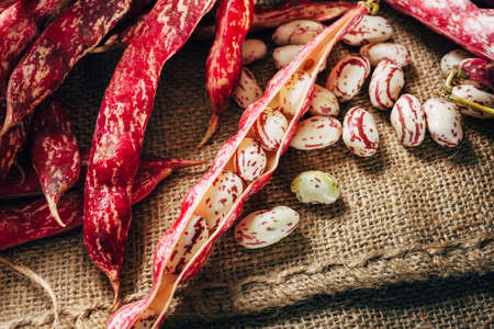 haricot: peel beans