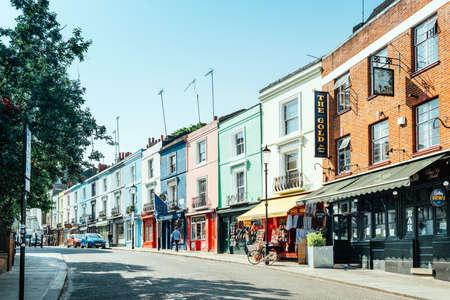 ポートベロー ・ ロードのロンドン、イギリス - 2017 年 5 月 25 日: ショップ 報道画像