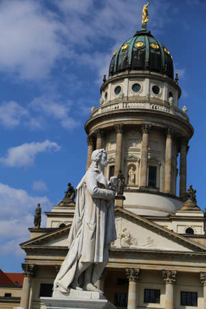friedrich: Friedrich Schiller Sculpture and The French cathedral Stock Photo