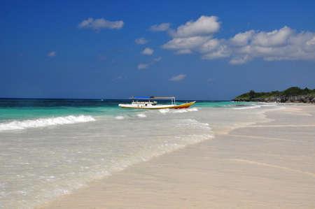 sulawesi: Beautiful beach in Bira, Sulawesi , Indonesia