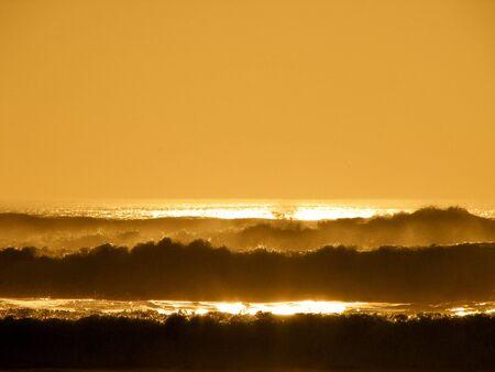 Golden Peace, Golden Waves Imagens