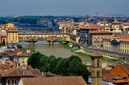 gartenanlage: town view Florence Italy Editorial