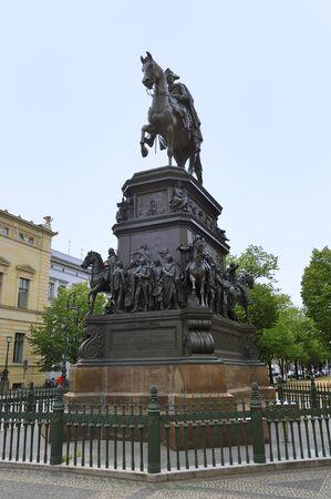記念碑フリードリヒ 2 世、プロイセンのベルリン、ドイツ