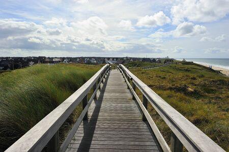 砂丘北海ドイツを通って遊歩道