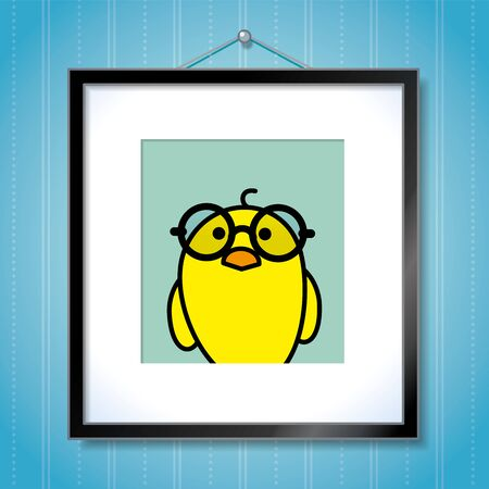behang blauw: Leuke Portret van Single Geel Kuiken draagt Ronde Spectacles in Picture Frame Opknoping op Blauwe Achtergrond van het Behang Stock Illustratie