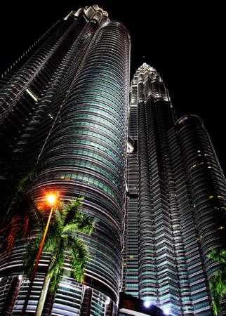 petronas: Vista nocturna de las Torres Petronas