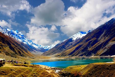 Beautiful view of mountainous lake Saiful Muluk in Naran Valley, Mansehra District, Khyber-Pakhtunkhwa, Northern Areas of Pakistan Stock Photo - 94754358