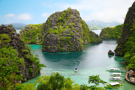 코론, 부수 앙가 섬, 팔라완 지방, 필리핀의 풍경 스톡 콘텐츠