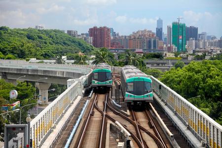 高雄大量高速輸送、台湾