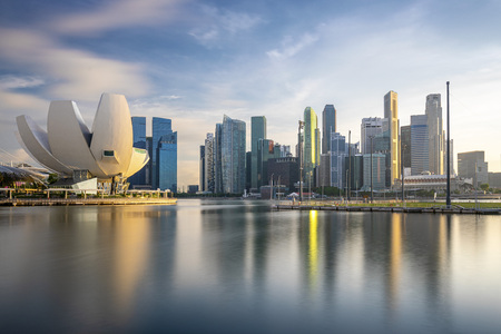Singapore, Singapore - June 8, 2019: skyline of singapore by the marina bay Sajtókép