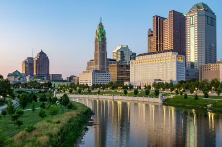Columbus, Ohio - August 2, 2019:  The cityscape of Columbus, Ohio on August 2, 2019. Imagens