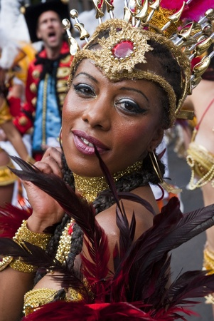 notting hill: Dancer from the Paraiso School of Samba float at the Notting Hill Carnival on August 30, 2010 in Notting Hill, London.