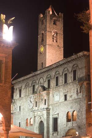 Ascoli Piceno (Marches, Italy): Historic palace at night